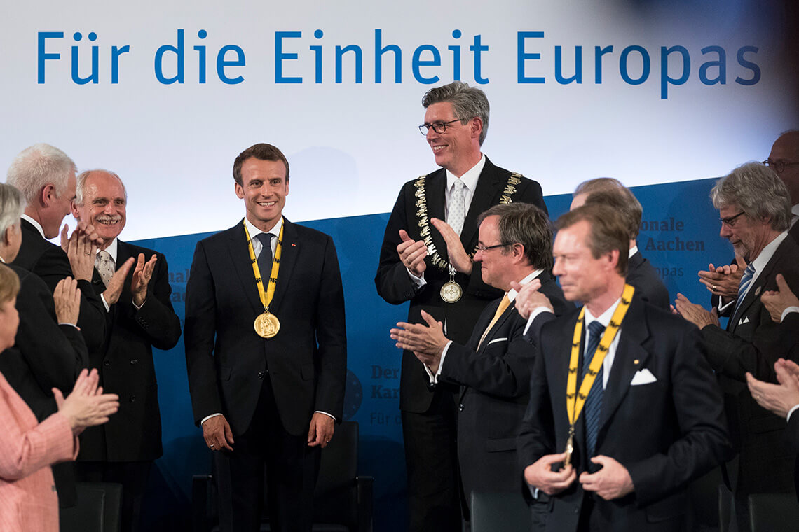 Preisträger: Frankreichs Präsident